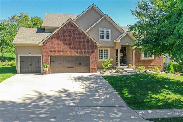 8631 N Oakland Avenue, Kansas City, MO 64157 (#2190473) :: Eric Craig Real Estate Team