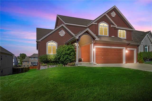 3112 NE 91st Street, Kansas City, MO 64156 (#2190482) :: Kansas City Homes