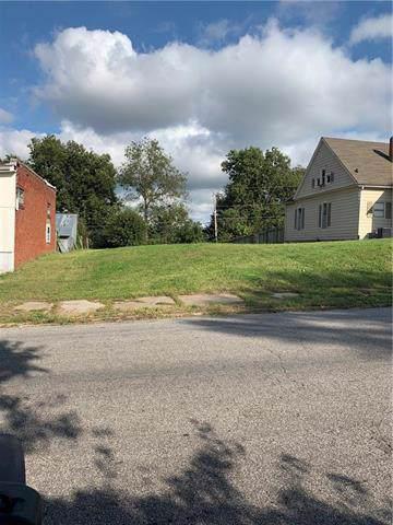 1323 N 10th Street, St Joseph, MO 64501 (#2190488) :: Clemons Home Team/ReMax Innovations