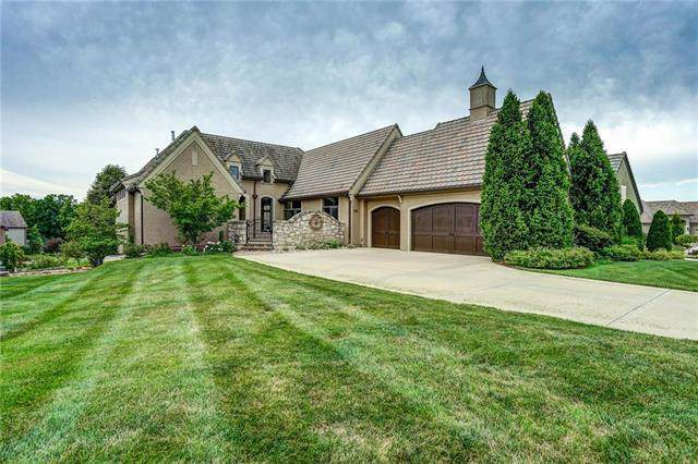 4045 W 151st Terrace, Leawood, KS 66224 (#2190657) :: Clemons Home Team/ReMax Innovations