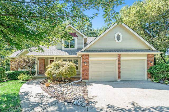 1128 White Oak Court, Liberty, MO 64068 (#2190716) :: Clemons Home Team/ReMax Innovations