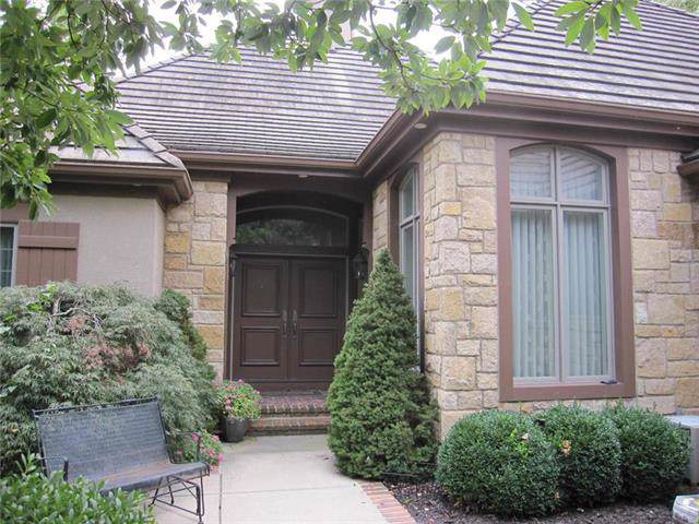 4213 W 114th Street, Leawood, KS 66211 (#2190806) :: Eric Craig Real Estate Team