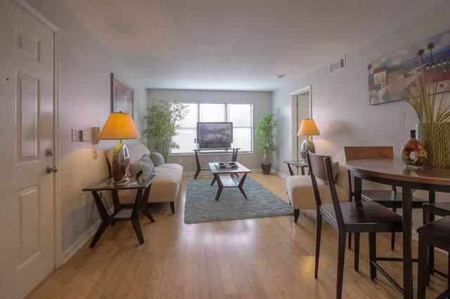 925 Washington #303 Street #303, Kansas City, MO 64105 (#2190839) :: Eric Craig Real Estate Team