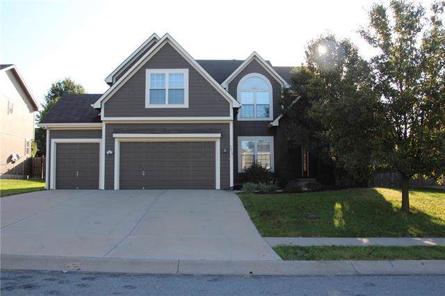 2519 S 24th Street, Leavenworth, KS 66048 (#2190897) :: The Shannon Lyon Group - ReeceNichols