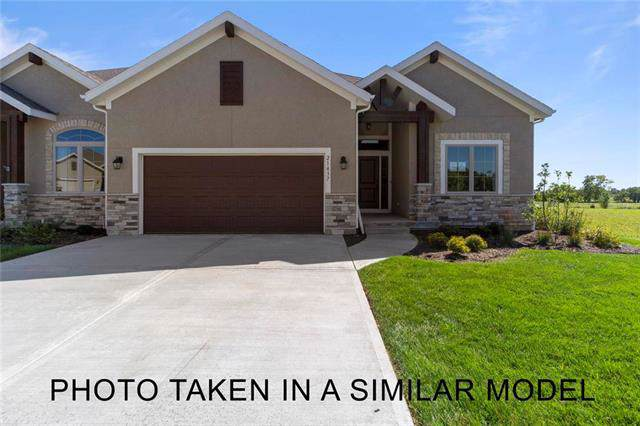11631 S Deer Run Street, Olathe, KS 66061 (#2191024) :: Eric Craig Real Estate Team