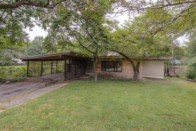 7417 Ash Street, Prairie Village, KS 66208 (#2191071) :: The Shannon Lyon Group - ReeceNichols