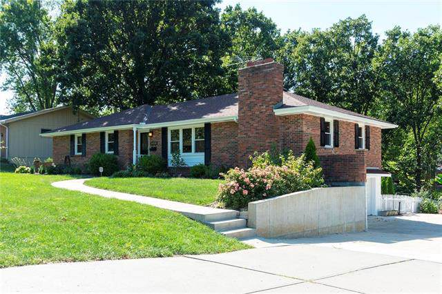 3408 S Crysler Avenue, Independence, MO 64055 (#2191110) :: Clemons Home Team/ReMax Innovations