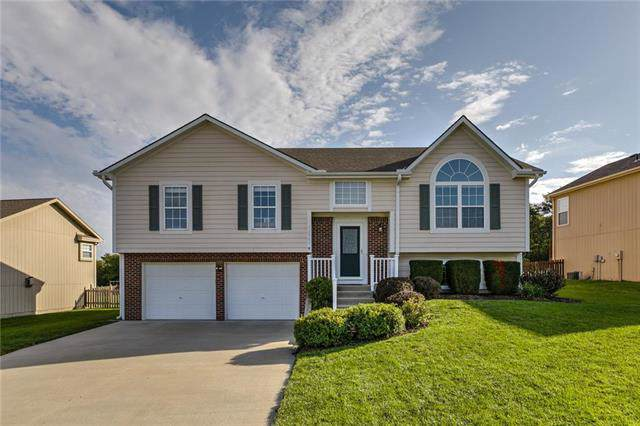 12985 Ridgeview Drive, Platte City, MO 64079 (#2191426) :: Dani Beyer Real Estate
