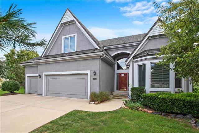 20315 W 99th Street, Lenexa, KS 66220 (#2191477) :: Clemons Home Team/ReMax Innovations