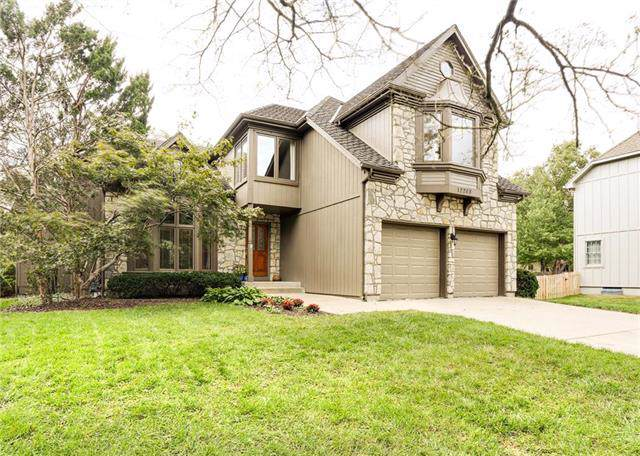 12208 Cedar Street, Overland Park, KS 66209 (#2191485) :: Kansas City Homes