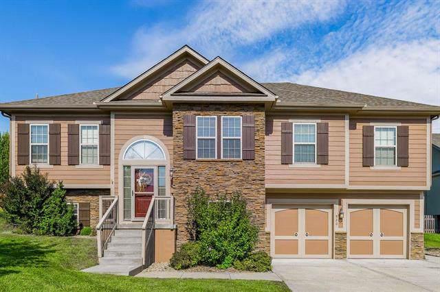 920 Redwood Circle, Liberty, MO 64068 (#2191507) :: Clemons Home Team/ReMax Innovations