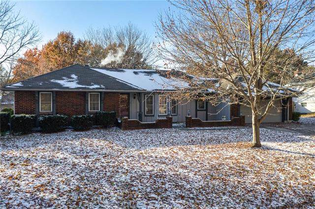 4109 SW 9th Street, Blue Springs, MO 64015 (#2191693) :: Team Real Estate