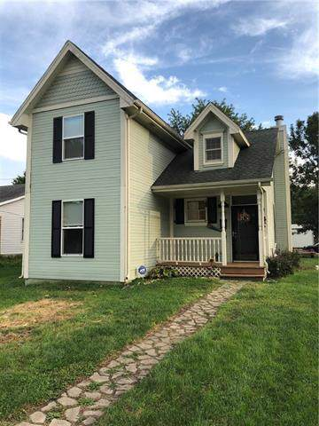 219 W 7th Street, Cameron, MO 64429 (#2191712) :: Clemons Home Team/ReMax Innovations