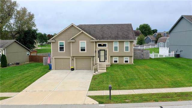 813 Susan Street, Kearney, MO 64060 (#2192142) :: Kansas City Homes