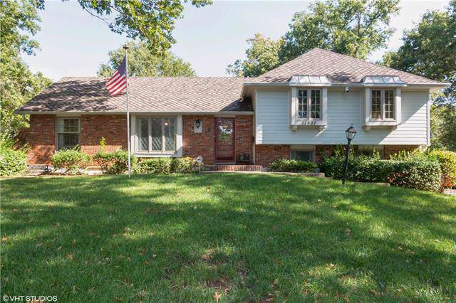 11527 Walnut Street, Kansas City, MO 64114 (#2192177) :: Eric Craig Real Estate Team