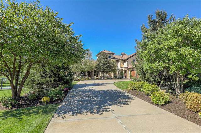 10410 Mohawk Road, Leawood, KS 66206 (#2192225) :: Kansas City Homes