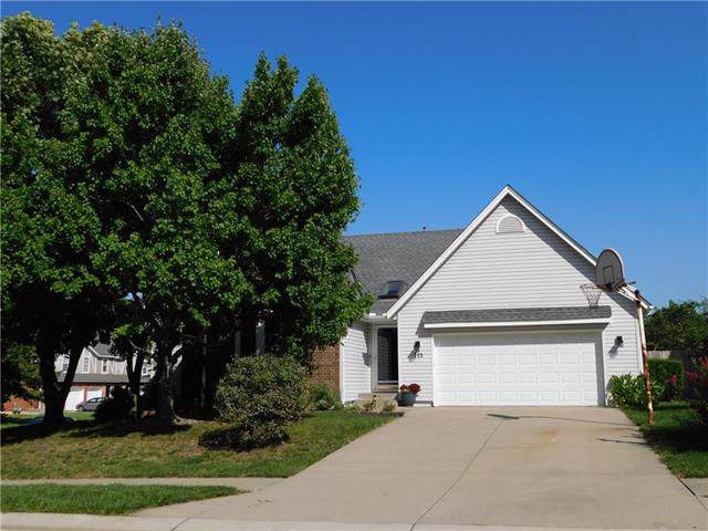 712 SE 10th Terrace, Lee's Summit, MO 64081 (#2192440) :: Kansas City Homes