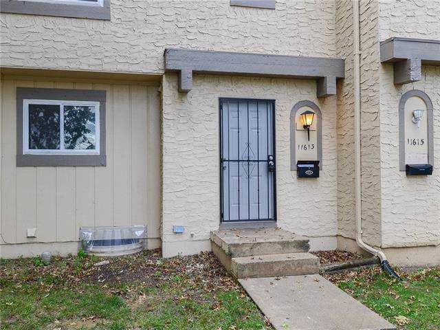 11613 Richmond Avenue, Kansas City, MO 64134 (#2192511) :: Eric Craig Real Estate Team