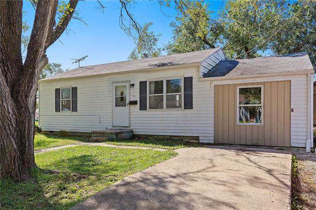 174 15th Street, Osawatomie, KS 66064 (#2192604) :: House of Couse Group
