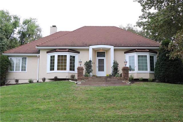 12109 Pawnee Lane, Leawood, KS 66209 (#2192725) :: Kedish Realty Group at Keller Williams Realty