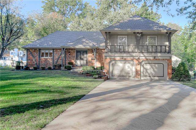 11806 Cherry Street, Kansas City, MO 64131 (#2192730) :: Clemons Home Team/ReMax Innovations