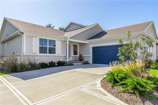 6979 W 162 Terrace, Overland Park, KS 66085 (#2192791) :: Clemons Home Team/ReMax Innovations