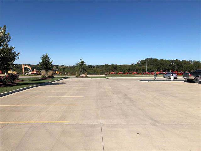 Crestview Dr Drive, Louisburg, KS 66053 (#2192806) :: Team Real Estate