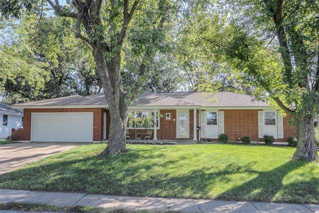 207 NW Ward Road, Lee's Summit, MO 64063 (#2192814) :: Kansas City Homes