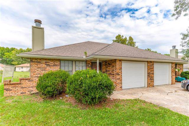 512/14 SE Lee Haven Drive, Lee's Summit, MO 64063 (#2192866) :: Eric Craig Real Estate Team