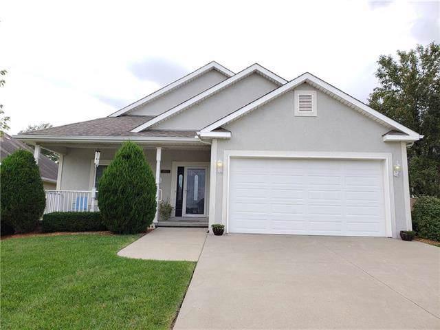 1503 Park Place, Atchison, KS 66002 (#2192915) :: Clemons Home Team/ReMax Innovations