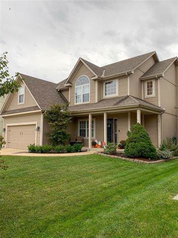 17927 W 158 Street, Olathe, KS 66062 (#2192950) :: House of Couse Group