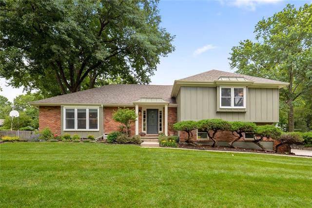 2712 W 104th Terrace, Leawood, KS 66206 (#2192957) :: Kansas City Homes