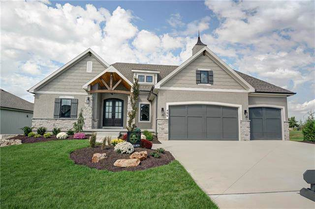 496 Wilds Parkway, Greenwood, MO 64034 (#2193026) :: Clemons Home Team/ReMax Innovations