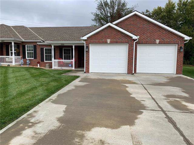 3221 Hickory Ridge Court, St Joseph, MO 64503 (#2193060) :: Kansas City Homes