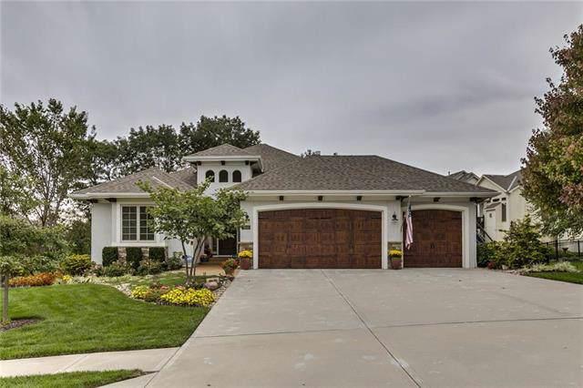 9425 N Spruce Court, Kansas City, MO 64156 (#2193143) :: Kansas City Homes