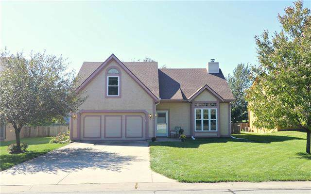 1363 S Church Street, Olathe, KS 66062 (#2193181) :: The Shannon Lyon Group - ReeceNichols