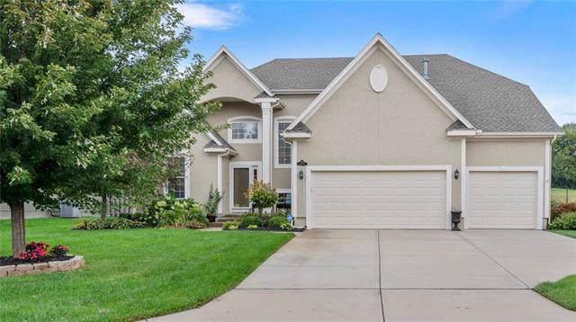 14770 S Glen Eyrie Street, Olathe, KS 66061 (#2193223) :: Clemons Home Team/ReMax Innovations