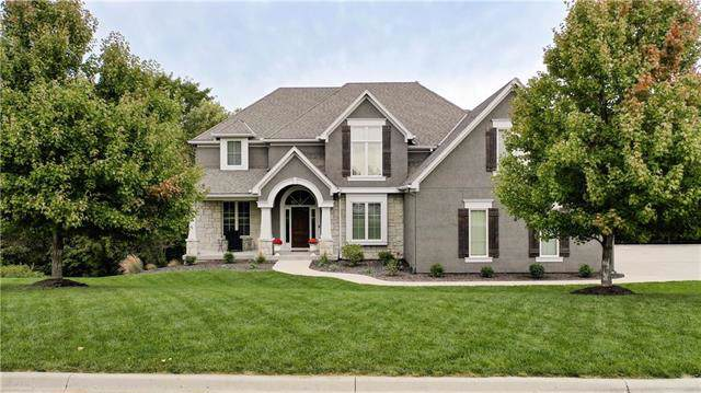 6970 NW Scenic Drive, Parkville, MO 64152 (#2193232) :: Kansas City Homes