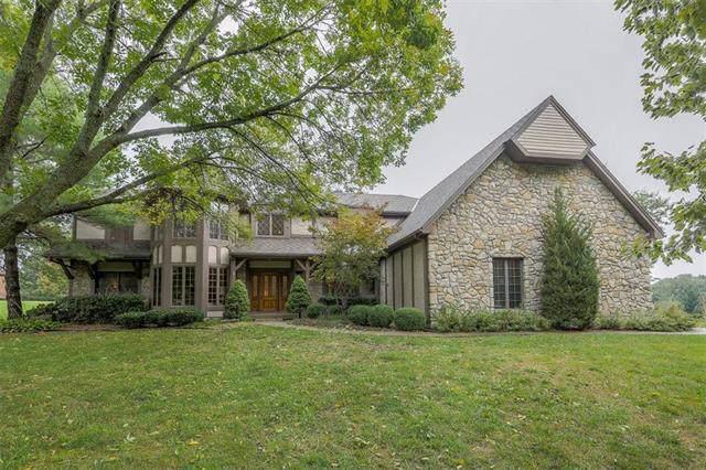 9615 Keystone Drive, Lee's Summit, MO 64086 (#2193244) :: Kansas City Homes