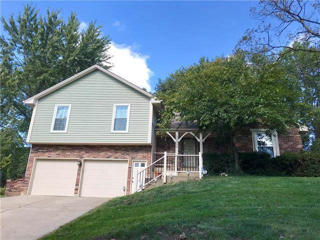 12900 E 58TH Street, Kansas City, MO 64133 (#2193360) :: The Shannon Lyon Group - ReeceNichols