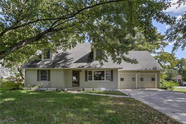 2027 Cambridge Street, Leavenworth, KS 66048 (#2193397) :: Team Real Estate
