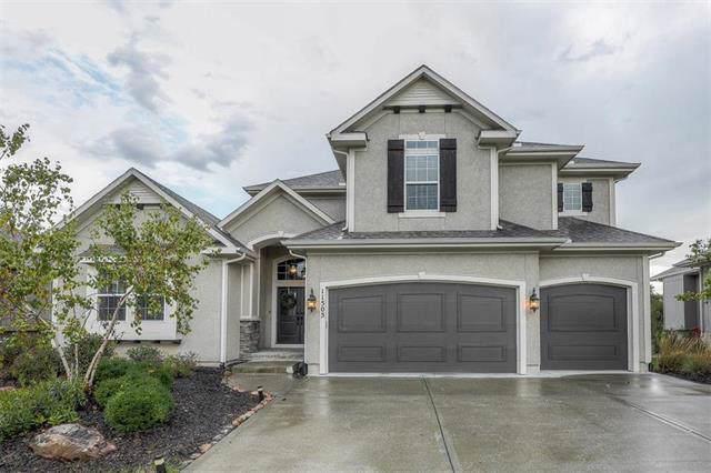 11505 152nd Street, Overland Park, KS 66221 (#2193436) :: Kansas City Homes