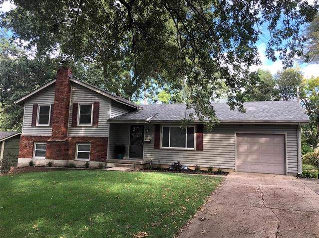 8806 W 71st Terrace, Merriam, KS 66204 (#2193448) :: Kansas City Homes