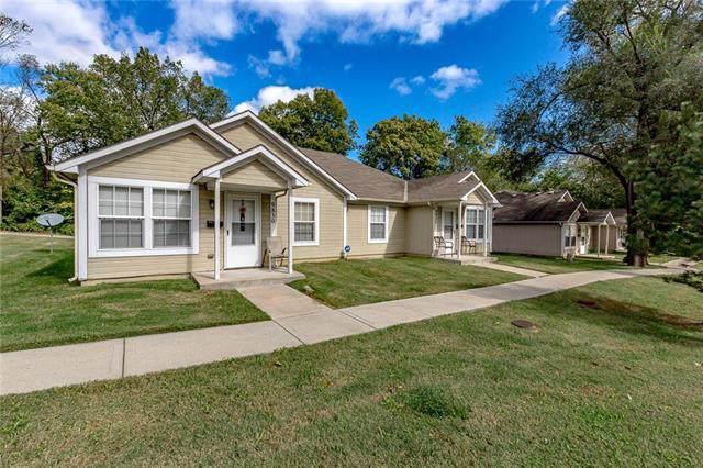 9834 E 23rd Street, Independence, MO 64052 (#2193493) :: Kansas City Homes