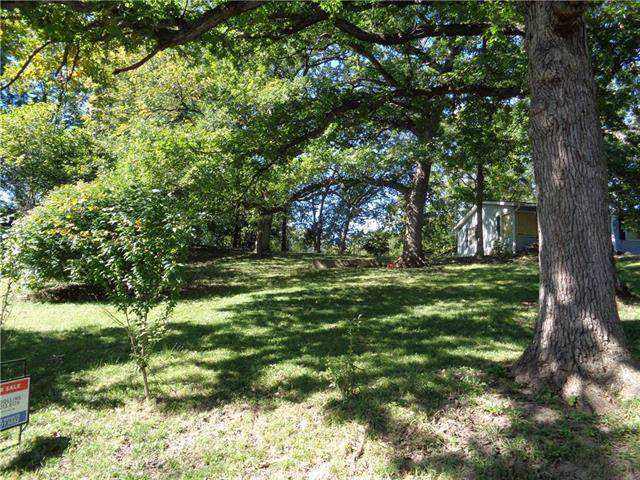 LOT 109 NW WAGONTRAIL Road, Houston Lake, MO 64151 (#2193557) :: Jessup Homes Real Estate | RE/MAX Infinity