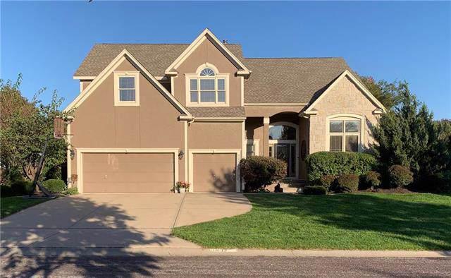 14133 Garnett Street, Overland Park, KS 66221 (#2193577) :: Kansas City Homes