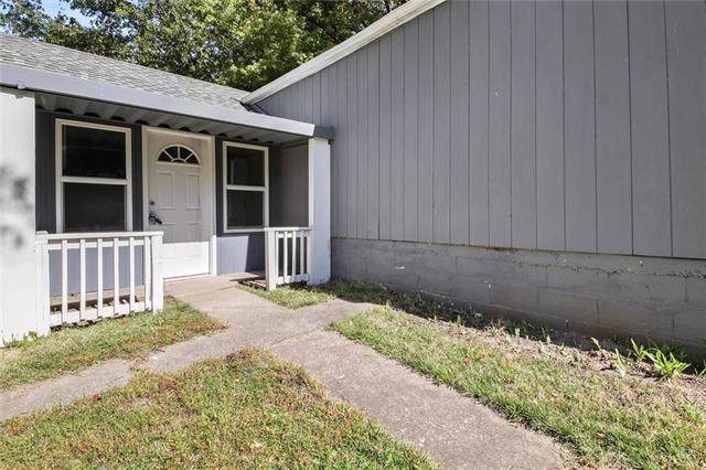 5640 Farrow Avenue, Kansas City, KS 66104 (#2193588) :: Team Real Estate
