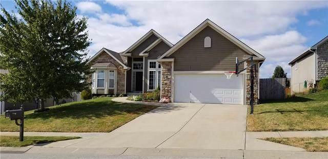 13810 Station Drive, Platte City, MO 64079 (#2193609) :: Dani Beyer Real Estate