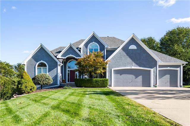 2405 NE Cross Creek Lane, Lee's Summit, MO 64086 (#2193638) :: Kansas City Homes
