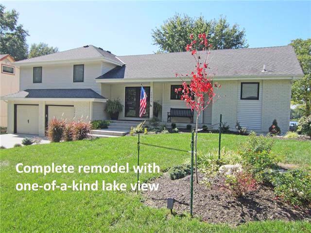 10418 NW Mirror Lake Drive, Kansas City, MO 64152 (#2193661) :: The Gunselman Team